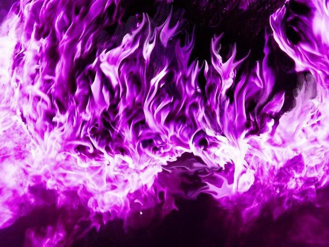 Resultado de imagem para chama violeta